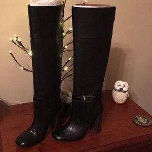 Authentic Tory Burch Heeled Boots
